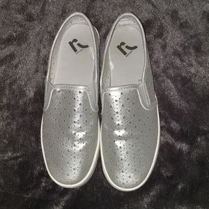 Cute Silver Report Star Slide on Loafers